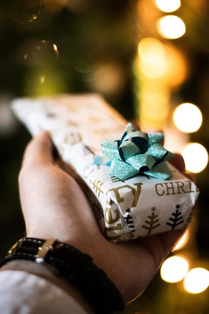 Gift For Her: How To Look For A Special And Unique One?